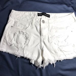 distressed EXPRESS JEANS SHORT SIZE 7